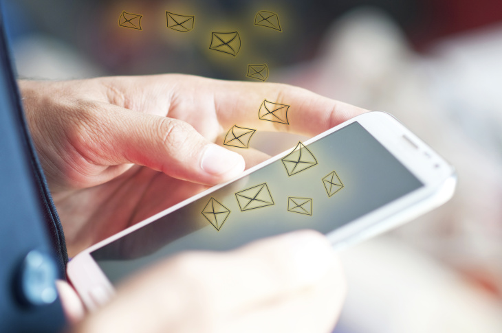 sending and receiving email on mobile device