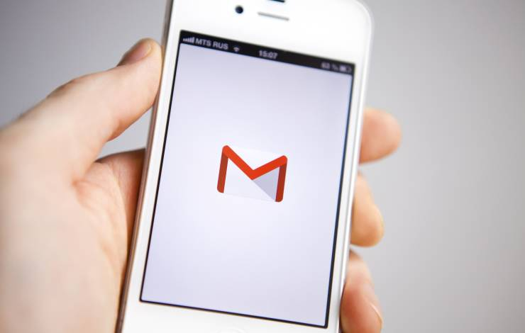 Gmail logo on iphone