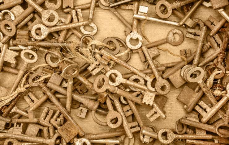 pile of antique keys